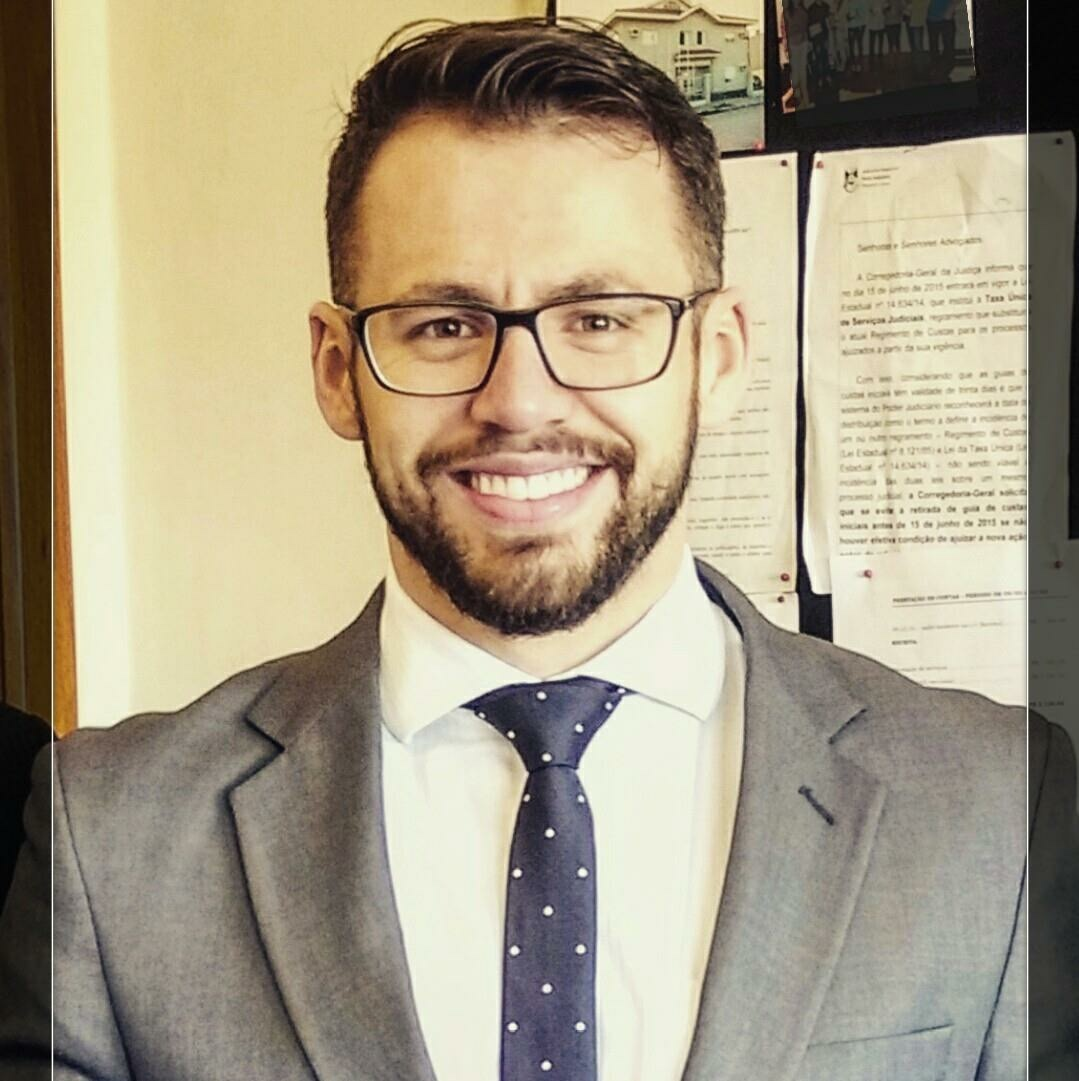 Dr. Vinícius S. Rocha